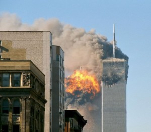 By UA_Flight_175_hits_WTC_south_tower_9-11.jpeg: Flickr user TheMachineStops derivative work: upstateNYer (UA_Flight_175_hits_WTC_south_tower_9-11.jpeg) [CC-BY-SA-2.0 (https://creativecommons.org/licenses/by-sa/2.0)], via Wikimedia Commons